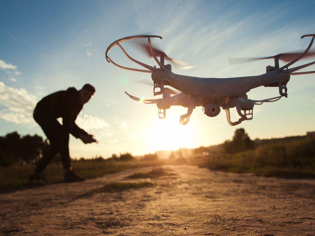 Drony a robotika